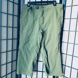 Prana olive green crop hiking pants sz M